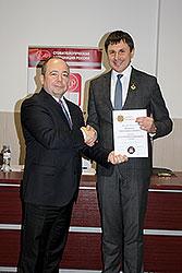 Шевченко Олесь Вячеславович награжден орденом за заслуги перед стоматологией 1 степени